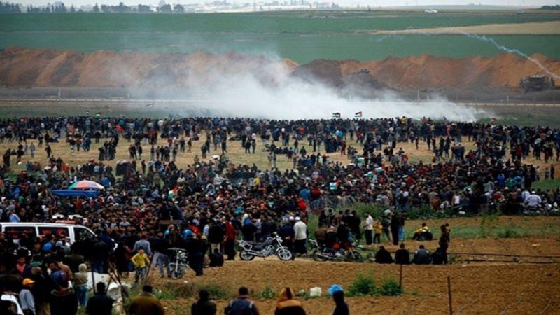 """إصابة العشرات جراء قمع الاحتلال لجمعة """"بوحدتنا نسقط المؤامرة"""""""