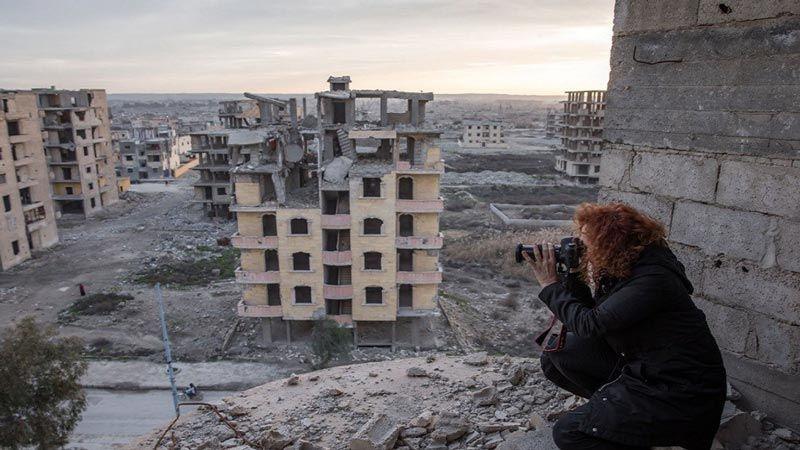 """""""العفو الدولية"""" تطلق موقعًا إلكترونيًا يظهر اثار دمار قصف التحالف الدولي في الرقة"""