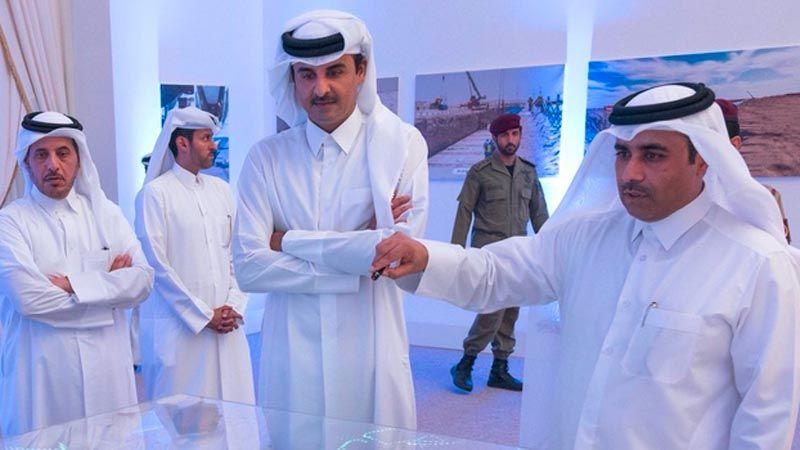 أمير قطر يدشن سلسلة خزانات مائية عملاقة