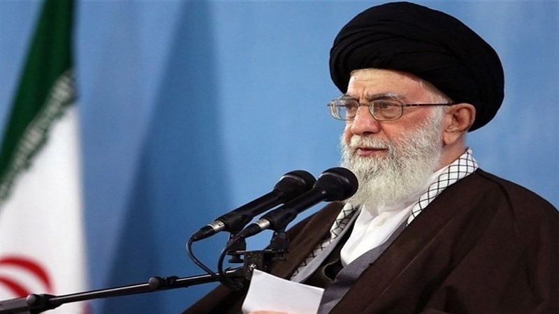 الإمام الخامنئي: الشباب سيُجهضون مخططات العدو الثقافية