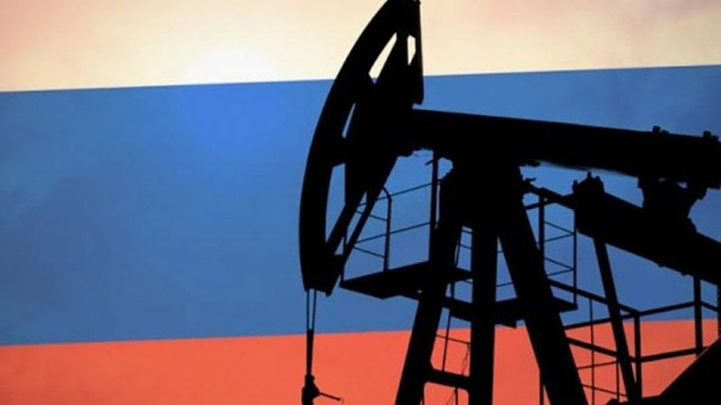 روسيا تخطّط لخفض إنتاج النفط الشهر المقبل