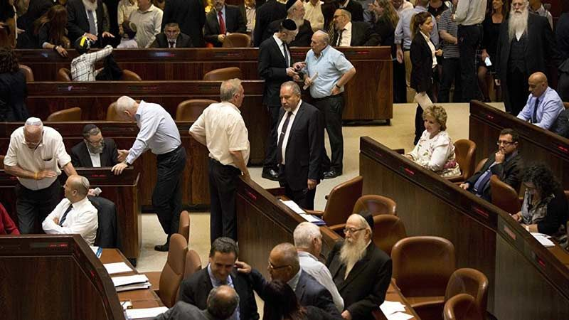عضو لجنة الخارجية والأمن الصهيونية: الكبينت إستخف بكلام رئيس الأركان ونتنياهو منفصل عن الواقع