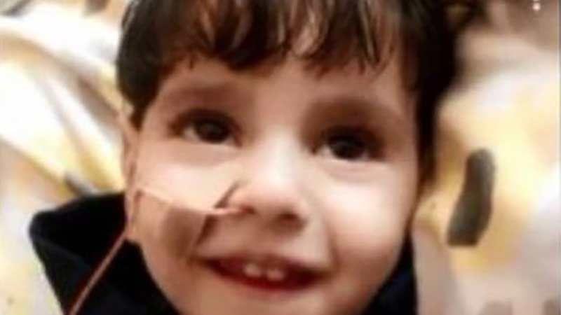 واشنطن تمنع سيدة يمنية من زيارة طفلها المُحتضر