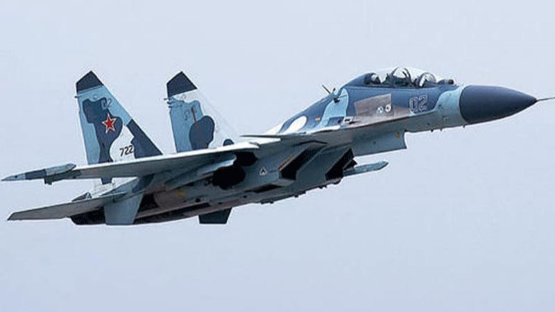 """إف-22"""" الأمريكية تفشل في مواجهة """"سوخوي 35"""" في سوريا"""