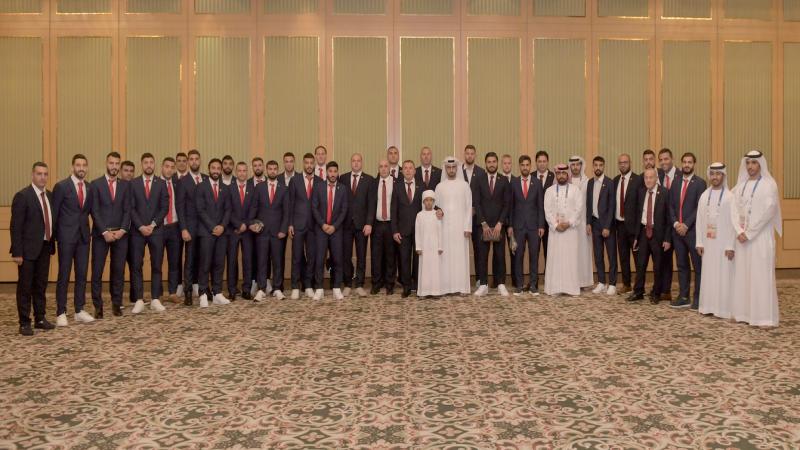 كرة القدم اللبنانية تنجو من كارثة.. واستقبال بالورود لرجال الأرز في الامارات