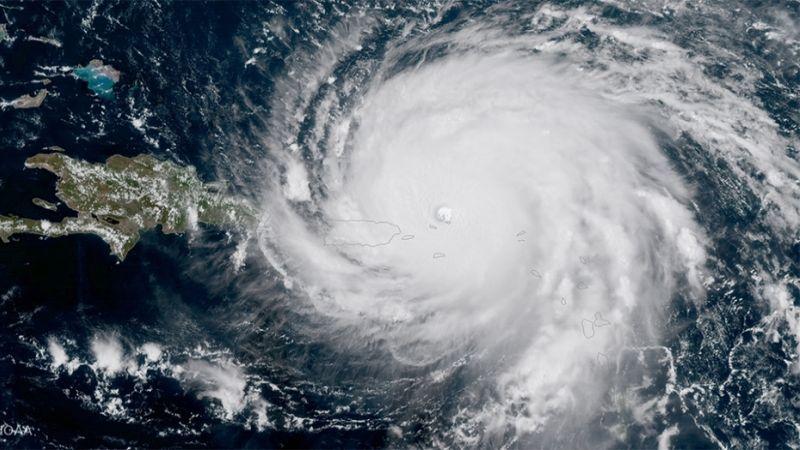 """العاصفة """"نورما"""".. تتحدّى الملل"""
