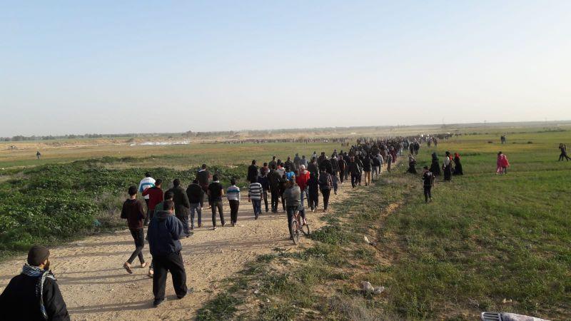 مسيرات العودة مستمرة.. وإصابة عشرات الفلسطينيين برصاص الاحتلال في الضفة وغزة