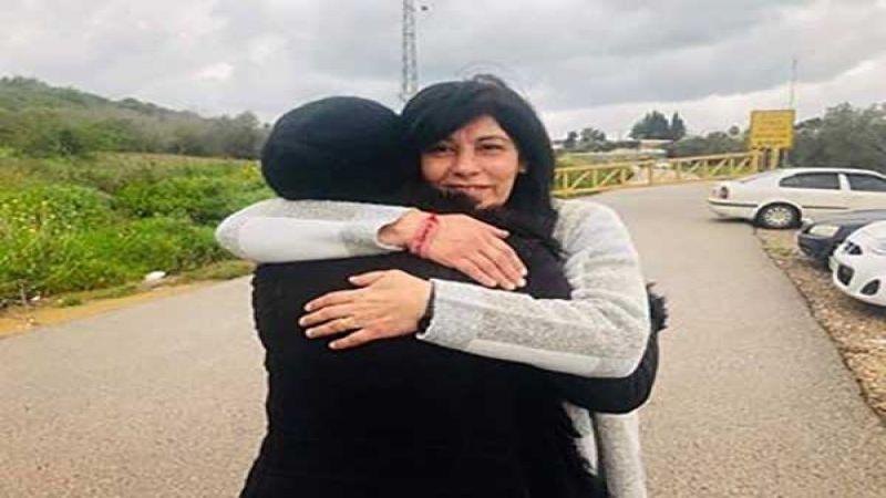 المناضلة الفلسطينية خالدة جرار تستعيد حريّتها
