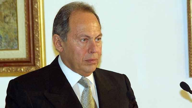الرئيس لحود يفتح ملفات الفساد: هكذا تصرفت حكومة السنيورة مع هبات 2006