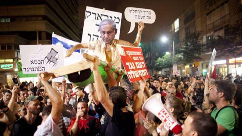 تظاهرة ضد نتنياهو واستطلاعات الرأي ليست في صالحه
