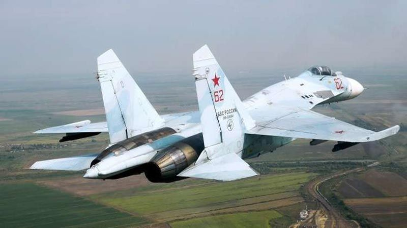 """""""سو-27"""" الروسية تعترض طائرة تجسس أمريكية فوق البلطيق"""