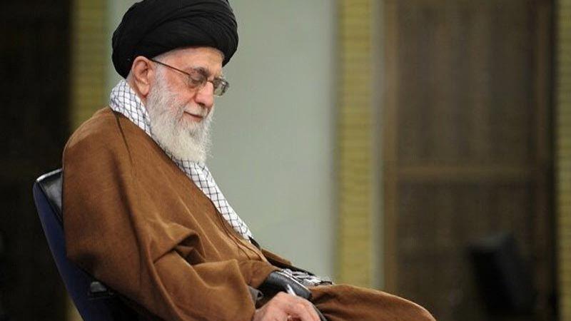 الإمام الخامنئي يدعو المسؤولين الإيرانيين إلى متابعة خسائر السيول في شيراز
