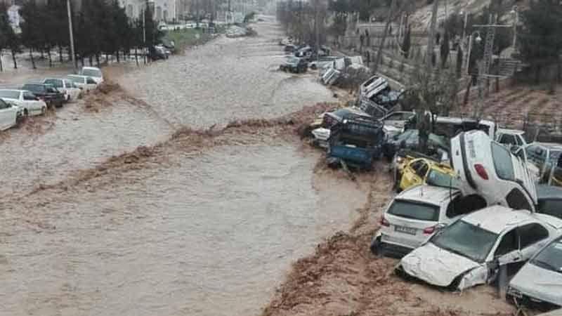 ارتفاع عدد قتلى الفيضانات في إيران