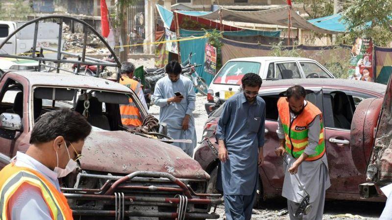 عشرات القتلى والجرحى في انفجار قنبلة جنوب غرب باكستان