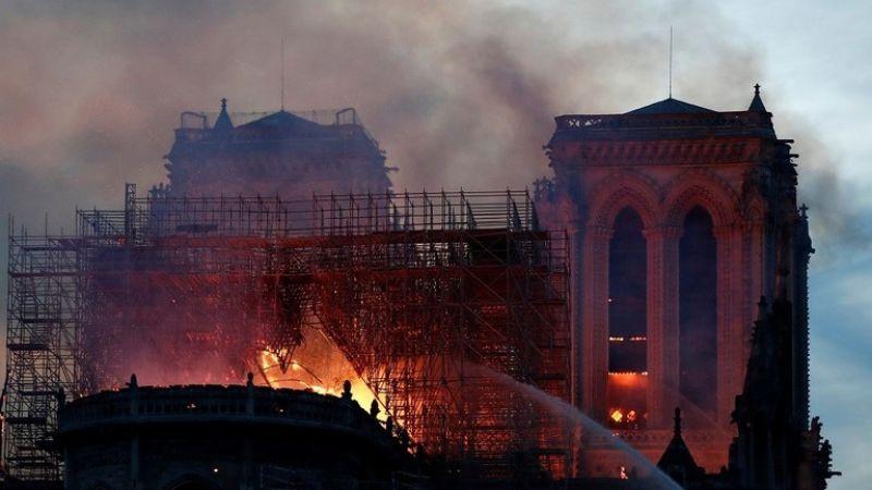 """فرنسا: الكهرباء وراء حريق """"نوتردام"""""""