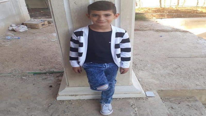 إستشهاد طفل بانفجار قنبلة عنقودية من مخلفات العدو الصهيوني في تول الجنوبية