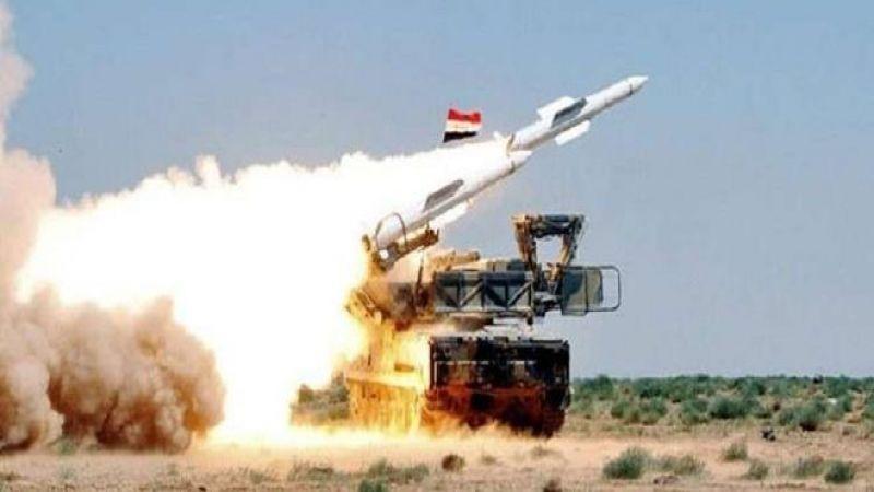 وسائط الدفاع السوري تدمّر هدفًا معاديًا في منطقة مصياف بعد عبوره شمال لبنان