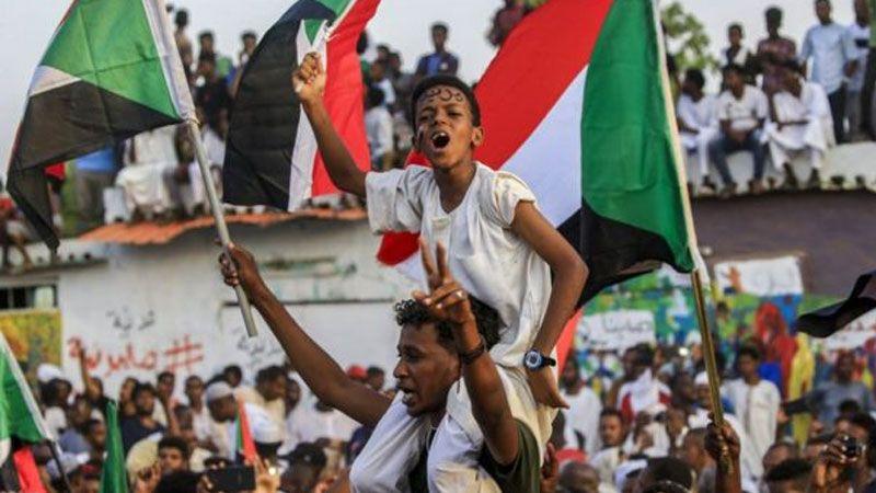 صفحة حكم جديدة في السودان
