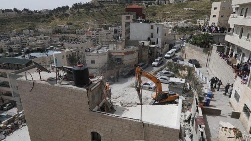 الاحتلال يستهدف بلدة العيسوية