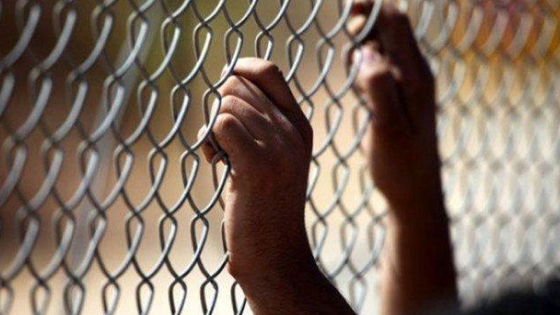 9 أسرى فلسطينيين يواصلون اضرابهم عن الطعام..