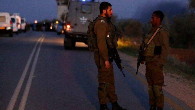 """الاحتلال يواصل البحث عن منفّذي عملية """"العين"""" ويعزّز أمن المستوطنات"""