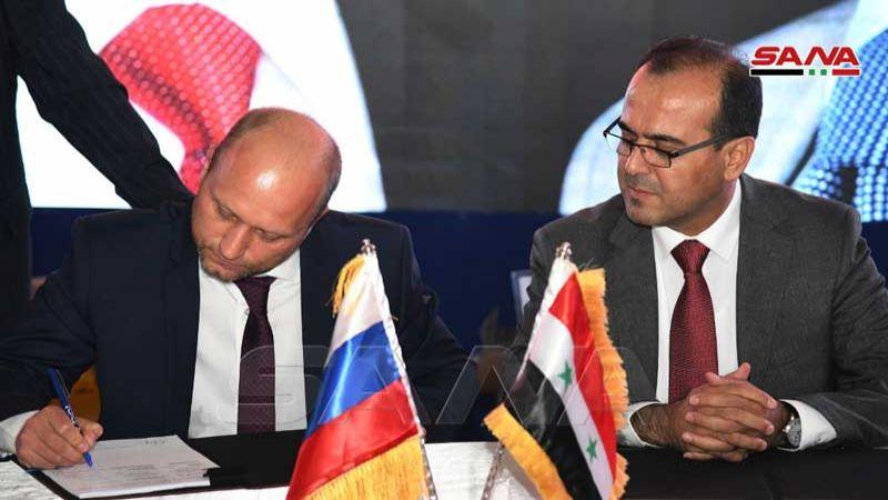 وزارة النفط السورية توقع 3 عقود مع شركات روسية للتنقيب عن البترول وإنتاجه