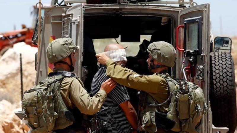 الاحتلال يعتقل 18 فلسطينيا في الضفة الغربية