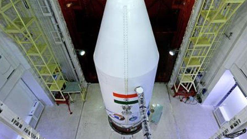الهند تفقد الاتصال بإحدى مركباتها الفضائية أثناء محاولتها الهبوط على سطح القمر