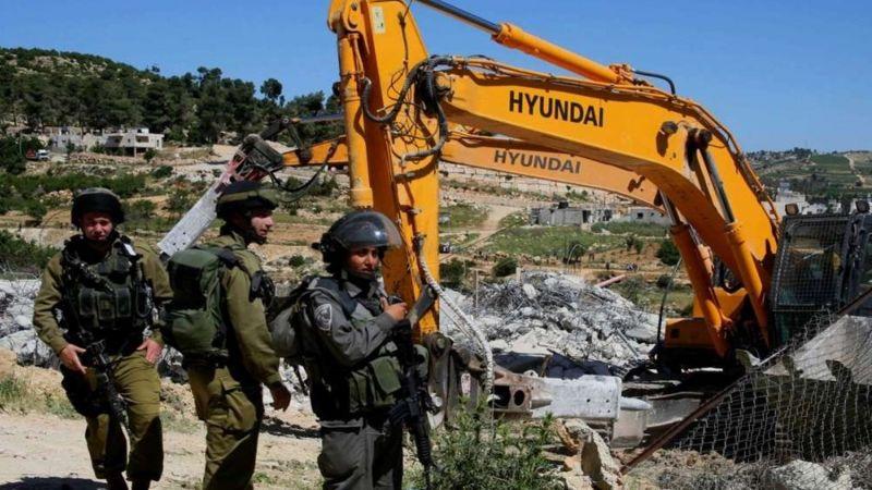 الاحتلال يعتقل 19 فلسطينيًا ويهدم منزلين في الضفة الغربية