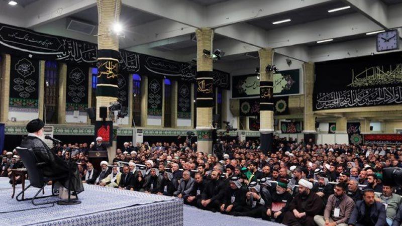 """الإمام الخامنئي: الشعب العراقي استطاع بفتوى مرجعيّته العظمى دحض مؤامرة """"داعش"""""""