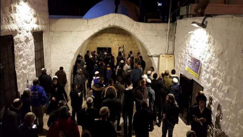 إصابة 5 فلسطينيين خلال اقتحام مستوطنين لمقام يوسف في نابلس