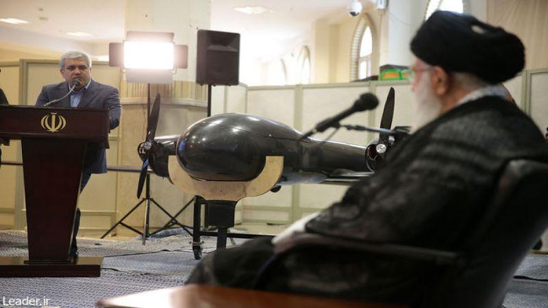 الإمام الخامنئي يزور معرض التقنيات المتطورة في طهران