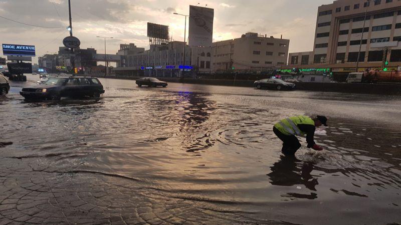 وزارة الاشغال: البدء بتنظيف الطرقات من العوائق والردميات