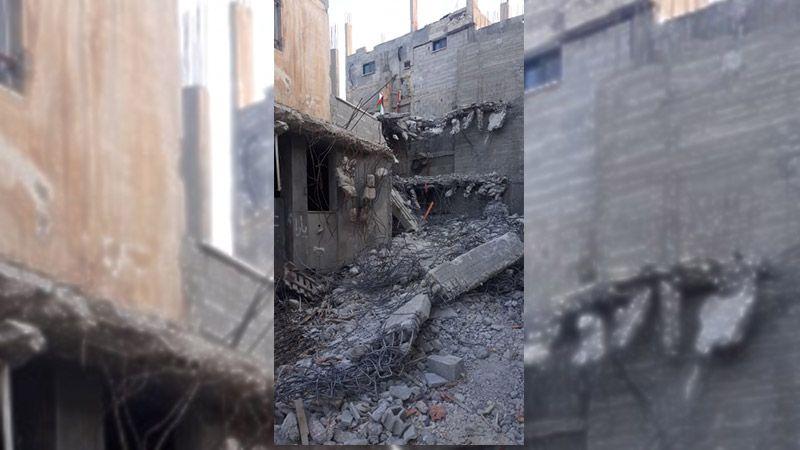 الاحتلال يهدم منزلاً ويصيب عشرات الفلسطينيين في الضفة المحتلة