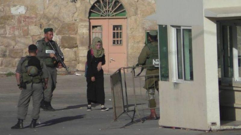 اصابة فلسطينية واعتقال 26 آخرين في الضفة الغربية والقدس