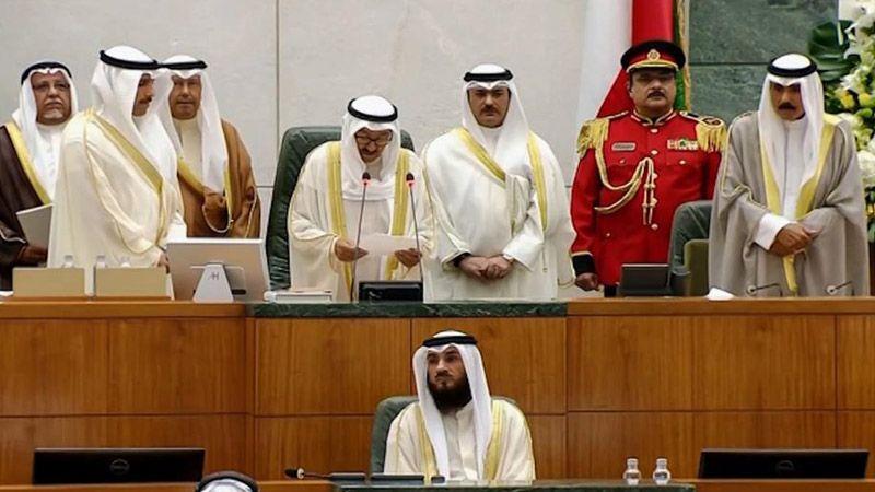 الكويت وقطر تدعوان لحلّ الأزمة الخليجية