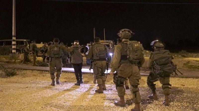 الاحتلال يعتقل 11 فلسطينيًا في الضفة ويمهد لهدم منزل أسير في رام الله