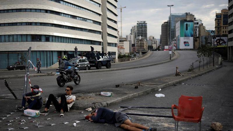 التظاهرات في لبنان بين العفوية والتسييس.. راقبوا الاعلام (1)