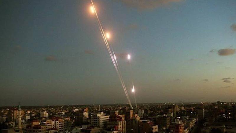 """العدو قلق من احتمال مشاركة """"حماس"""" في عمليات إطلاق الصواريخ على المستوطنات"""