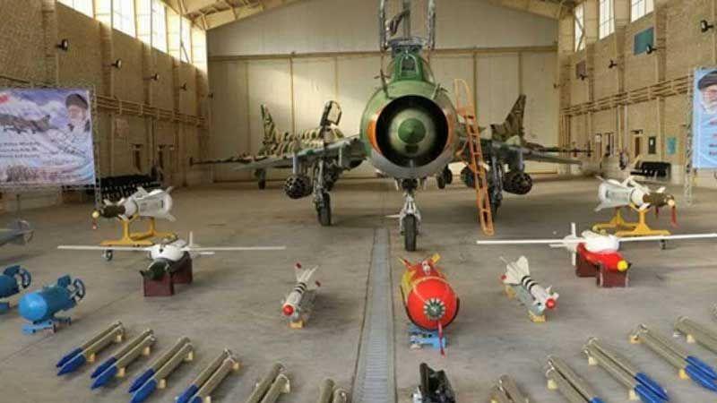 إيران تدشن خطًا لانتاج سلاح الدفاع الجوي الليزري