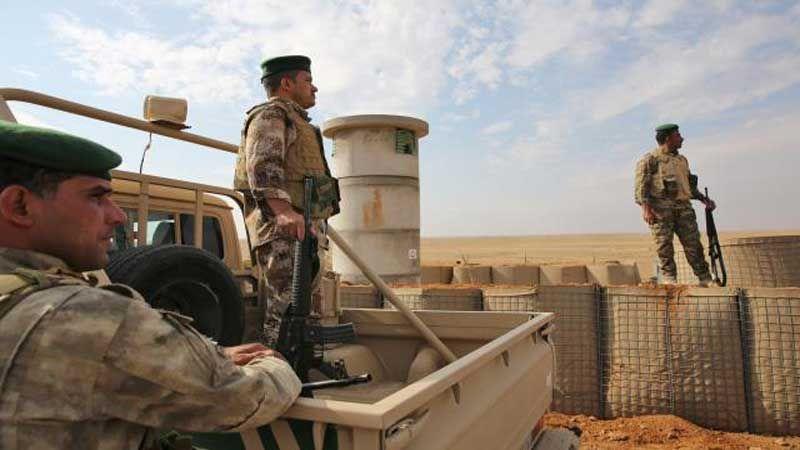 """الحشد الشعبي: تحركات غريبة لـ""""داعش"""" بحماية أمريكية قرب الحدود السورية"""
