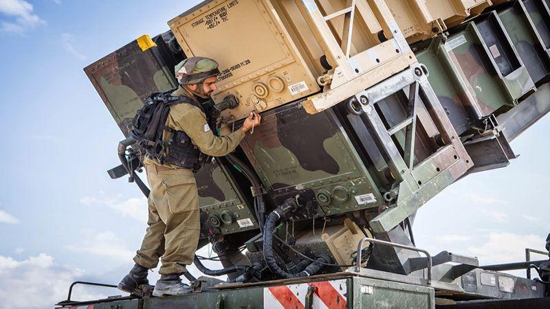 معلّق صهيوني: المنظومة الإسرائيلية العسكرية غير مُحكمة