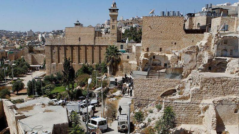 """""""حماس"""": إنشاء حي استيطاني في الخليل سياسة ممنهجة لتهويد تاريخها"""
