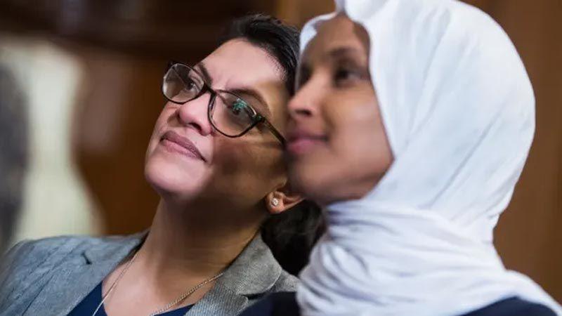 """""""ذا غارديان"""": شبكة إسرائيلية على """"فيسبوك"""" لنشر الكراهية تستهدف المسلمين"""