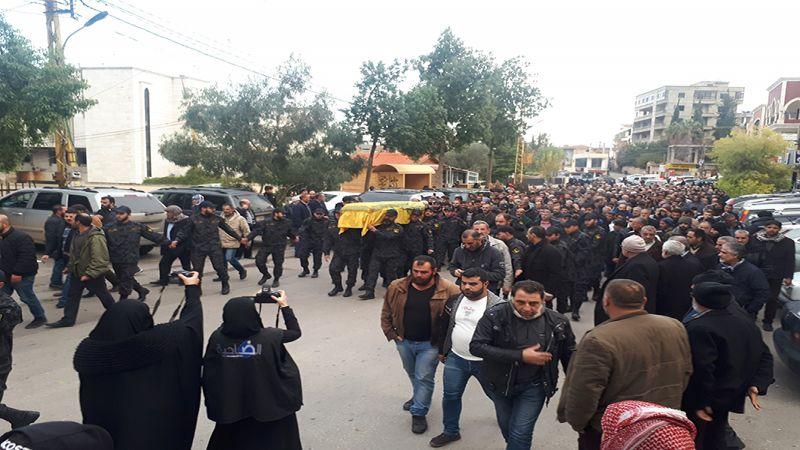 حزب الله يشيّع الشيخ رضا غريب في الهرمل