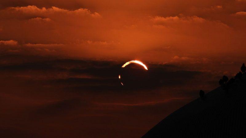 أي دول شاهدت كسوف الشمس اليوم؟
