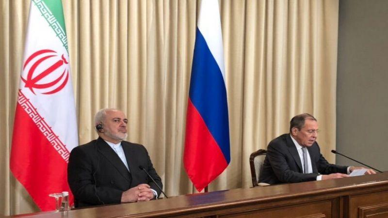 ظريف من موسكو: لتعاون دولي شامل في مواجهة الاحادية الامريكية