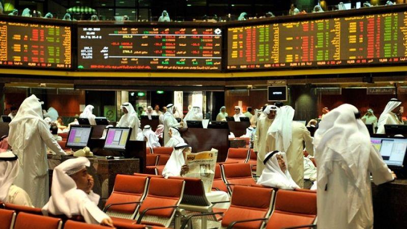بورصات الخليج تخسر 15 مليار دولار
