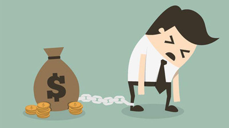 المصارف تُصعّد: غرامات إضافية على المواطنين في ذروة الأزمة المالية
