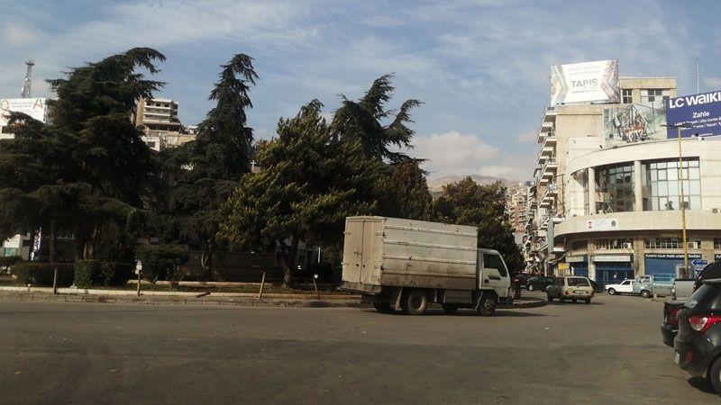 رغم الاحتجاجات.. طرقات لبنان سالكة